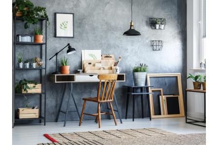 Iluminatul corect la birou - cum să te asiguri că îți creezi cele mai bune condiții