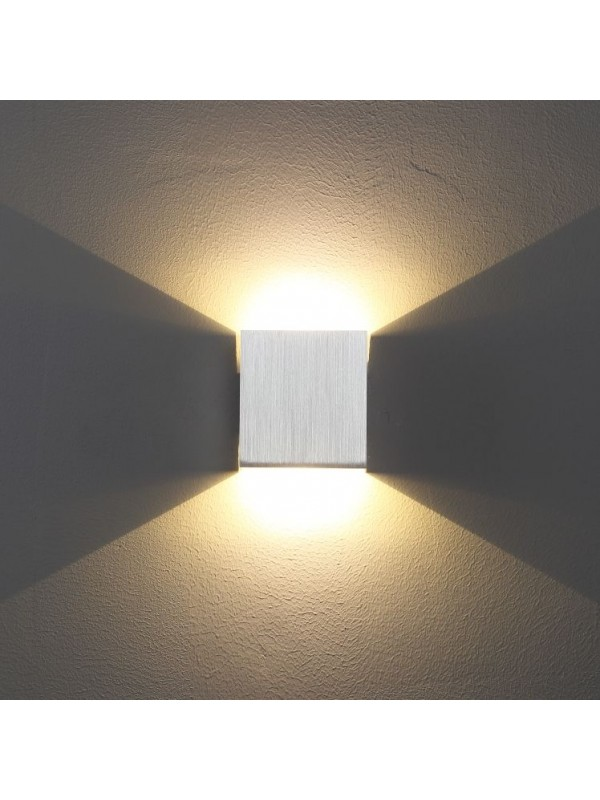Lampa de perete cub JLWA165